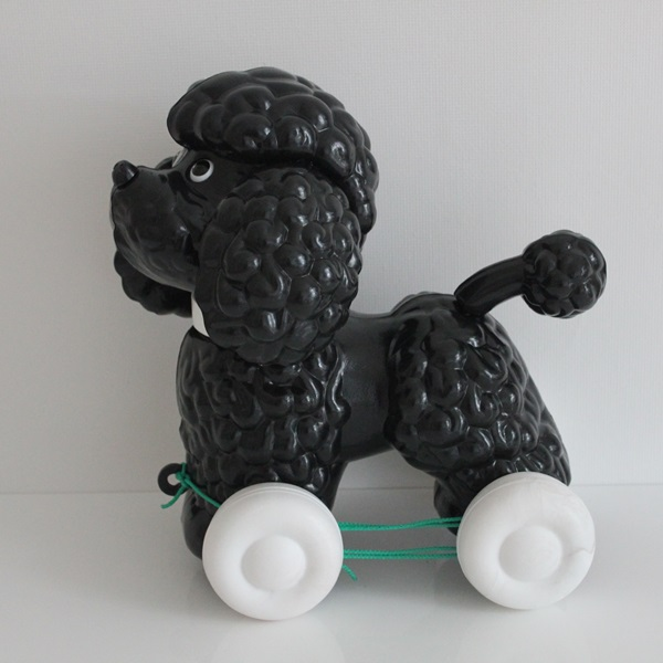 Pull-along Dog Poodle Black