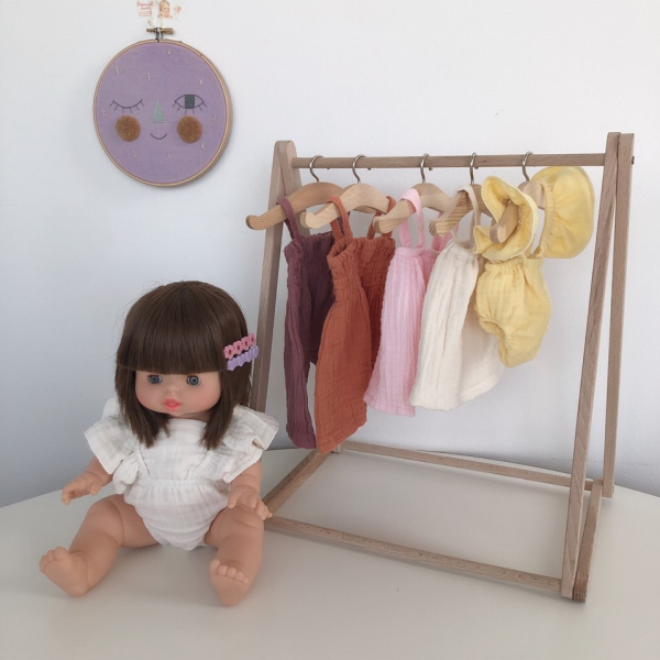 Doll Wood Hanger